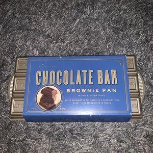 William Sonoma NWT chocolate bar brownie pan